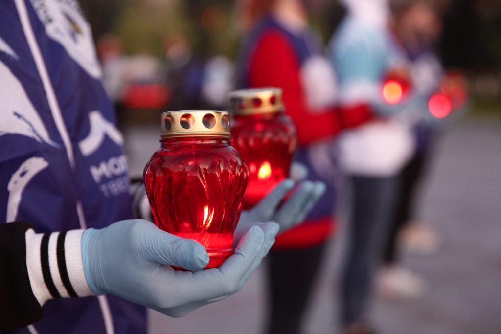 ВТвери прошла акция«Свеча памяти»