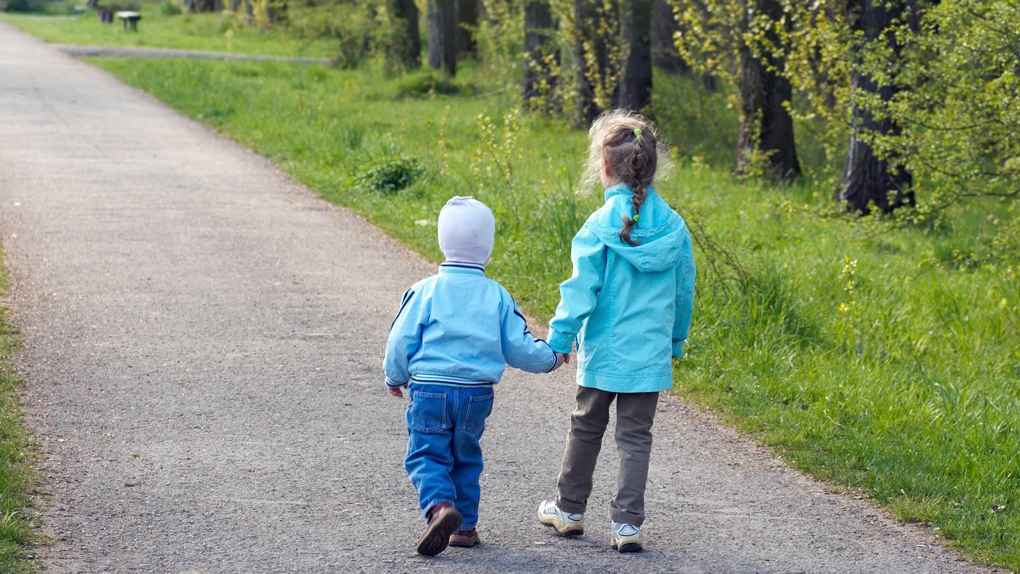 Тверские спасатели рассказали о безопасности детей во время прогулок