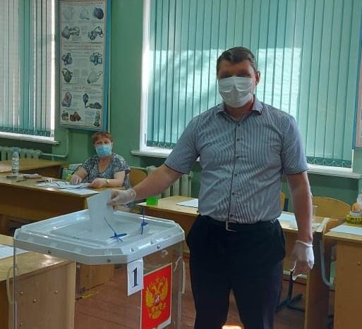 Депутаты Лихославльского района проголосовали по поправкам в Конституцию