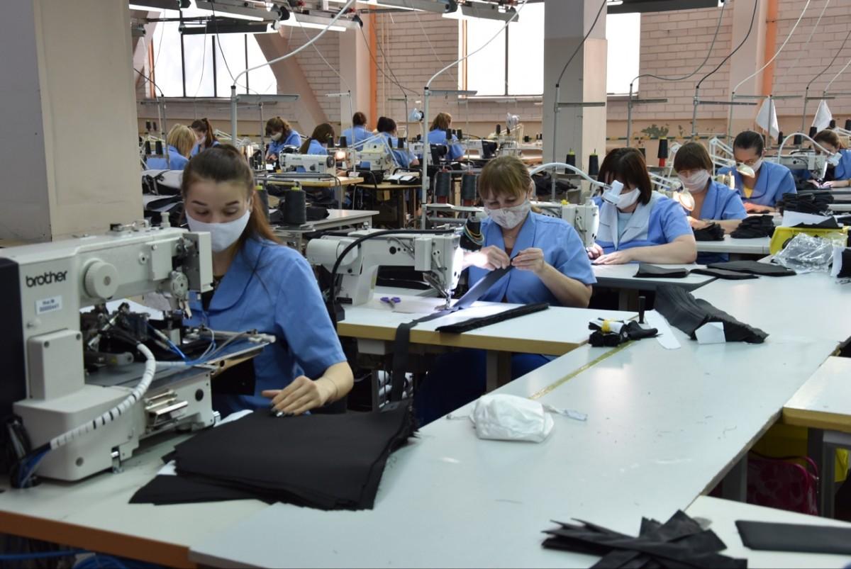 Игорь Руденя поздравил работников текстильной и легкой промышленности с профессиональным праздником