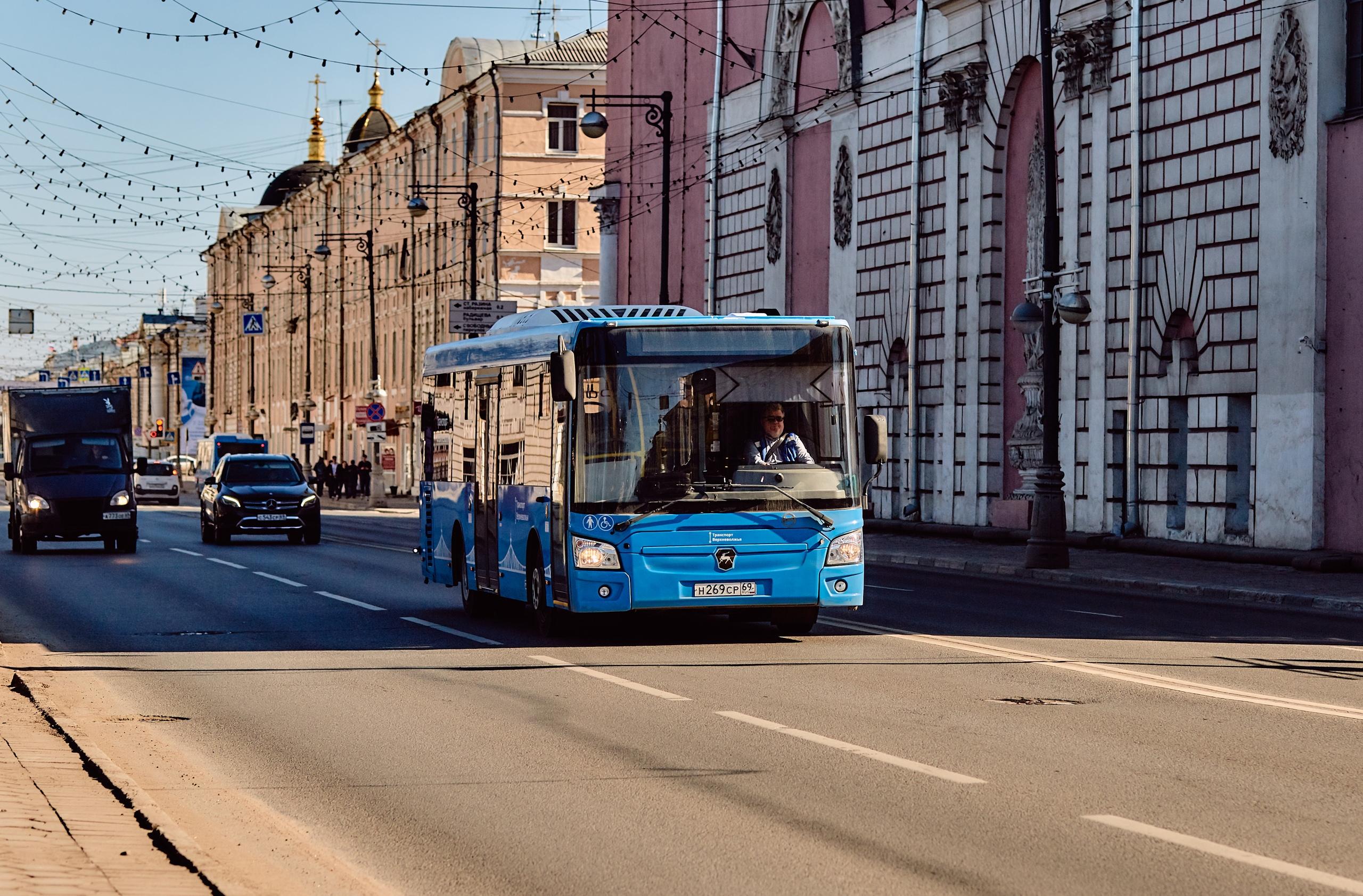 Тверские автобусы оснастили табличками с подробным указанием маршрутов
