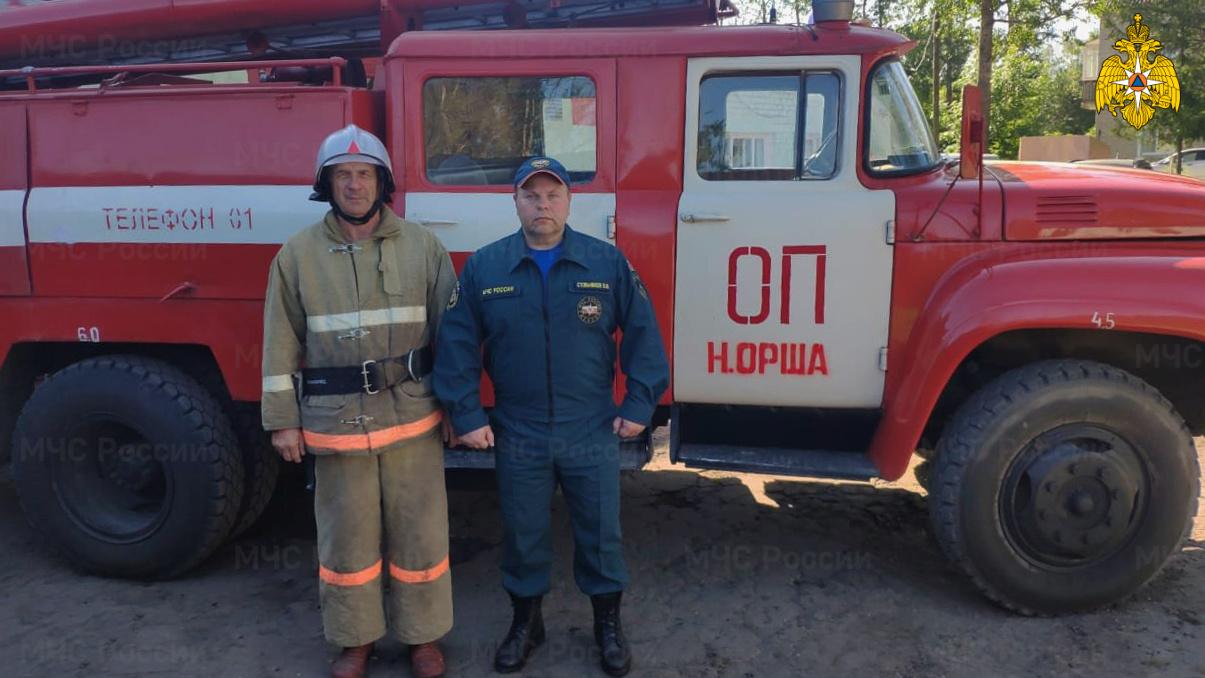 В Тверской области пожарные спасли мужчину из огня
