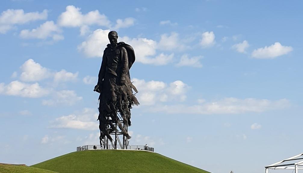 Ржевский мемориал Советскому солдату - 500 млн пожертвований жителей России