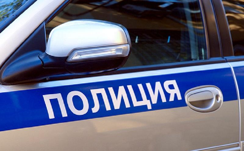 В Тверской области горе-угонщики не смогли завести автомобиль и подожгли его
