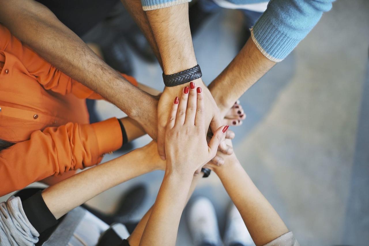 «Рельсы» приглашают жителей Твери на бесплатную лекцию о том, как и кому нужно помогать