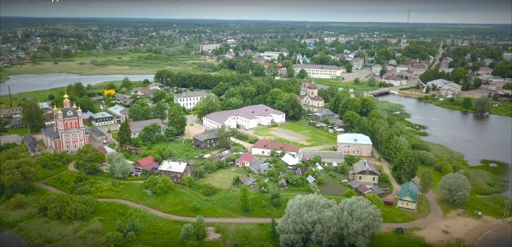 Пять причин побывать в Торопце: какие красоты нашёл блогер в Тверской области