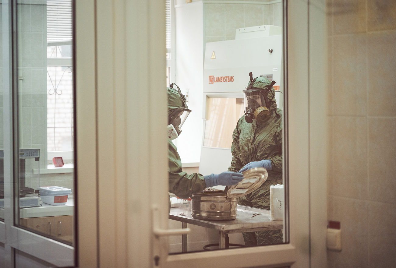 Врачи предупреждают о второй волне коронавируса в России