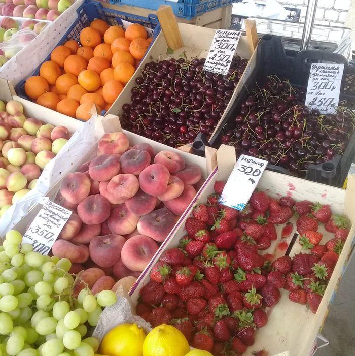 Сомнительный фрукт: На рынке в Тверской области выявили продажу опасных семян и продуктов