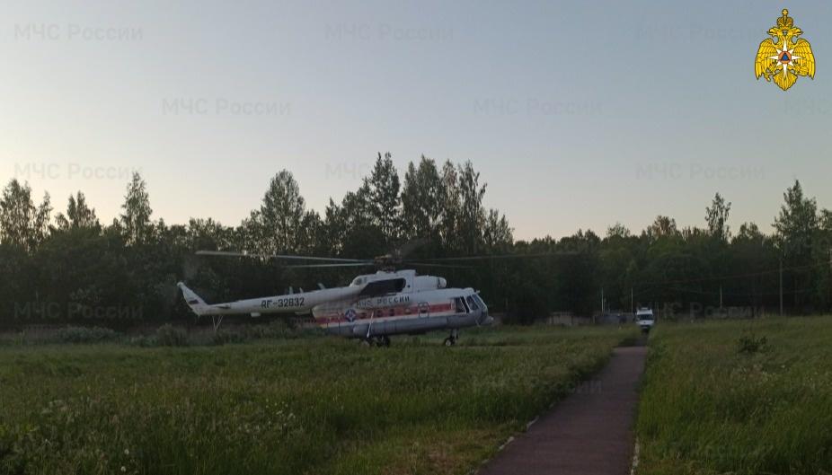 Вертолет санавиации экстренно вылетал в Бежецкий район