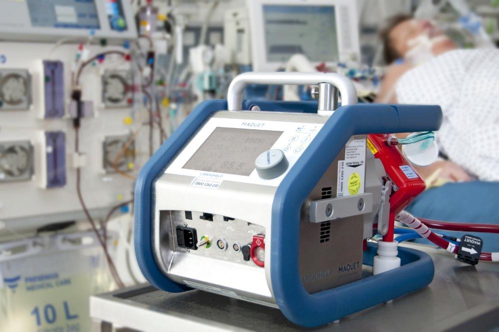 Пациентку со 100 % поражением легких спасли в Твери