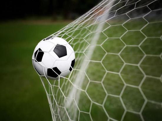 Оленинские «Витязи» сыграли первый официальный матч сезона