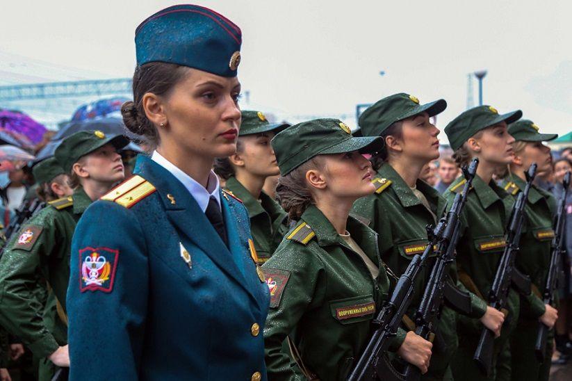 Для девушек Тверской области увеличилось количество военных вузов для поступления