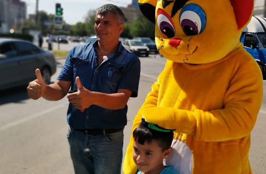 В Твери кот Румосенок рассказывал детям о ПДД