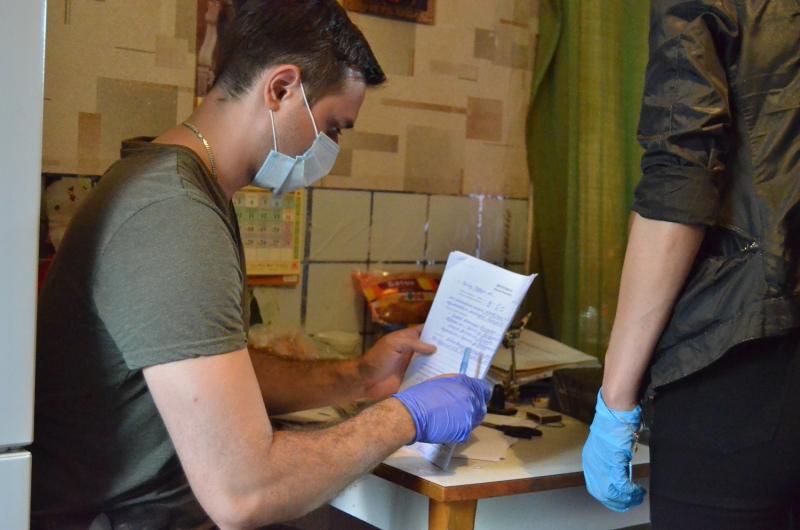 Полиция и спецназ в Тверской области задержали банду «черных риелторов»