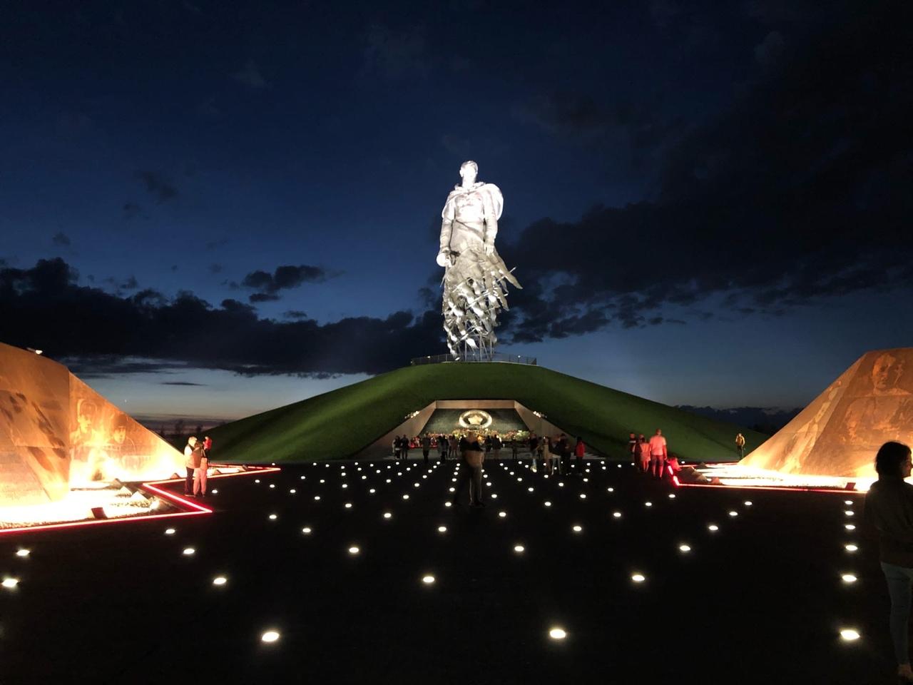 Ржевский мемориал Советскому солдату уже посетили более 30 тысяч человек