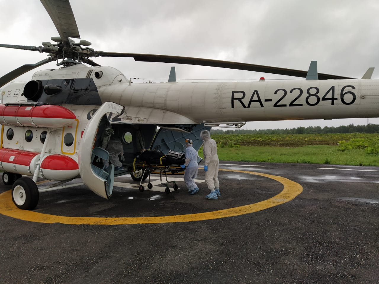 В Тверской области пациента с пневмонией госпитализировали на вертолете