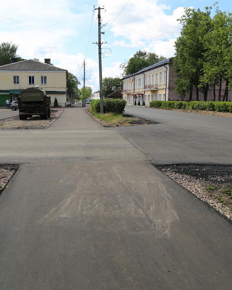 Новые тротуары радуют жителей Торопца