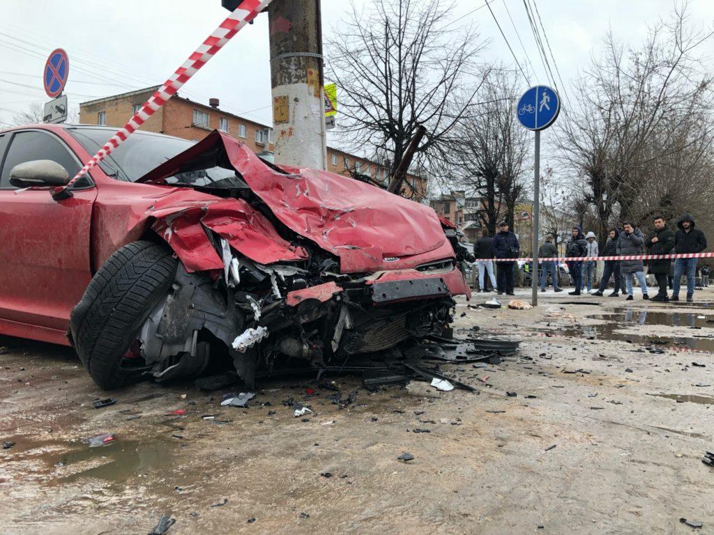 Участник смертельного ДТП на Волоколамском проспекте в Твери останется под арестом