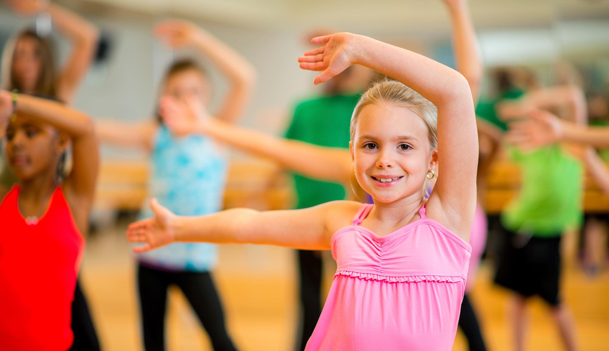 Дом народного творчества приглашает юных жителей Твери потанцевать