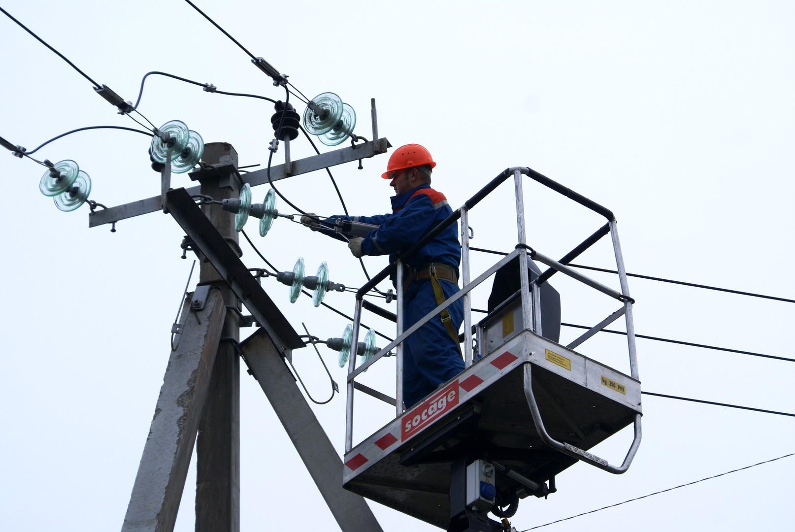 Электроснабжение в Тверской области полностью восстановлено