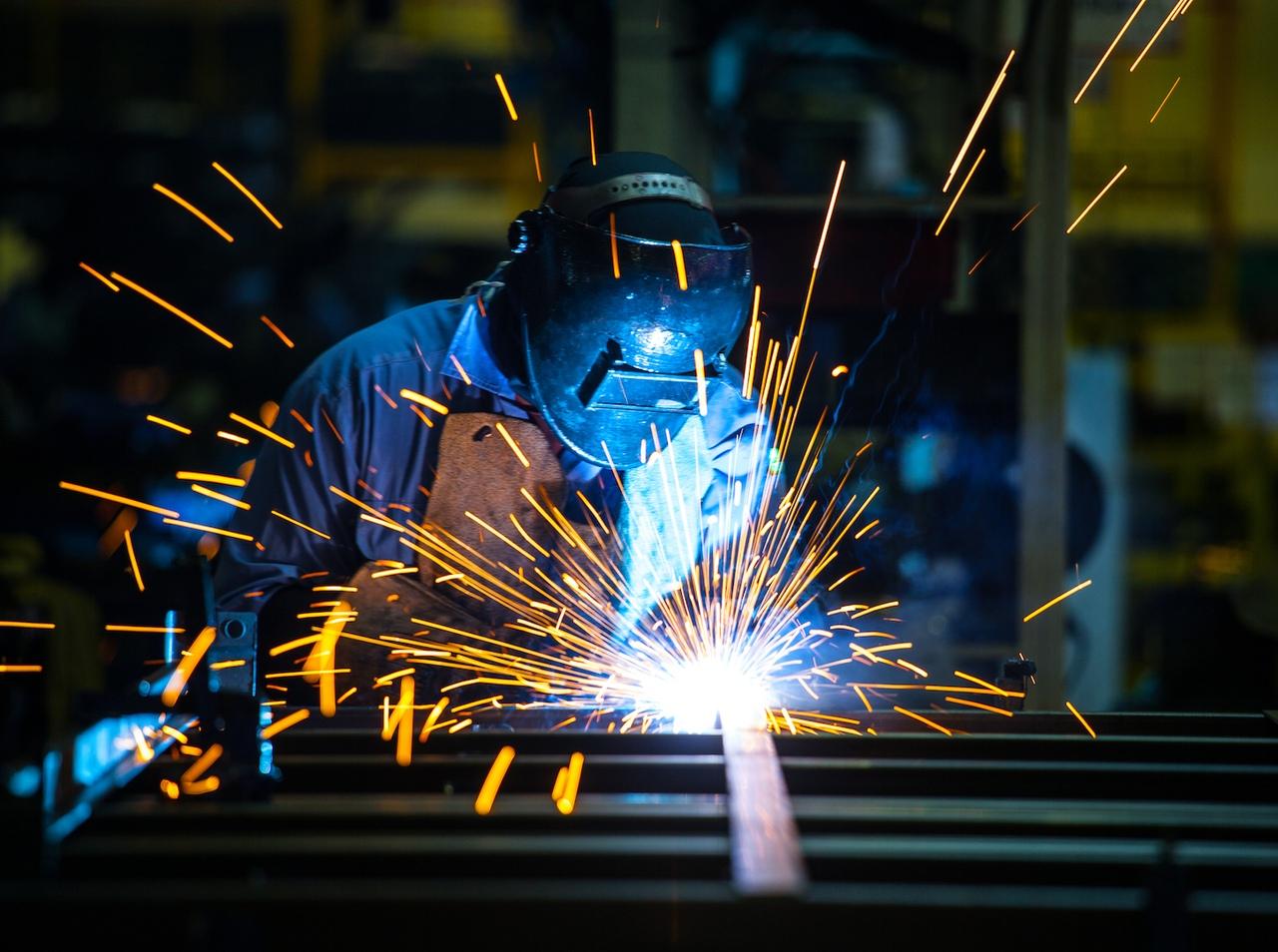 Названы профессии с наибольшим числом вакансий в Тверской области