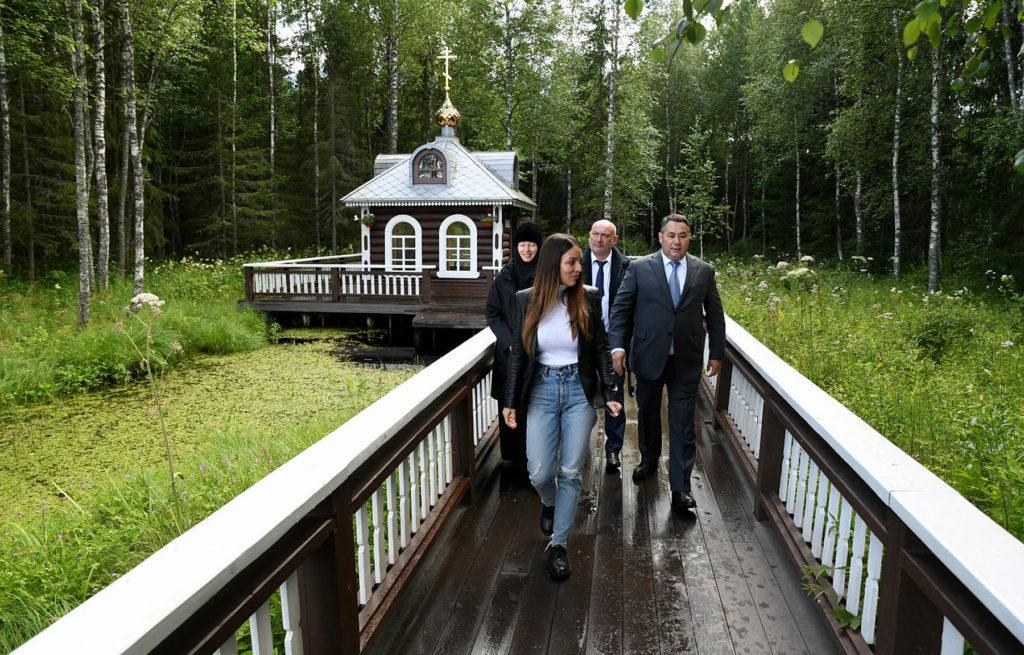 Игорь Руденя и глава Зарина Догузова посетили святыни осташковской земли