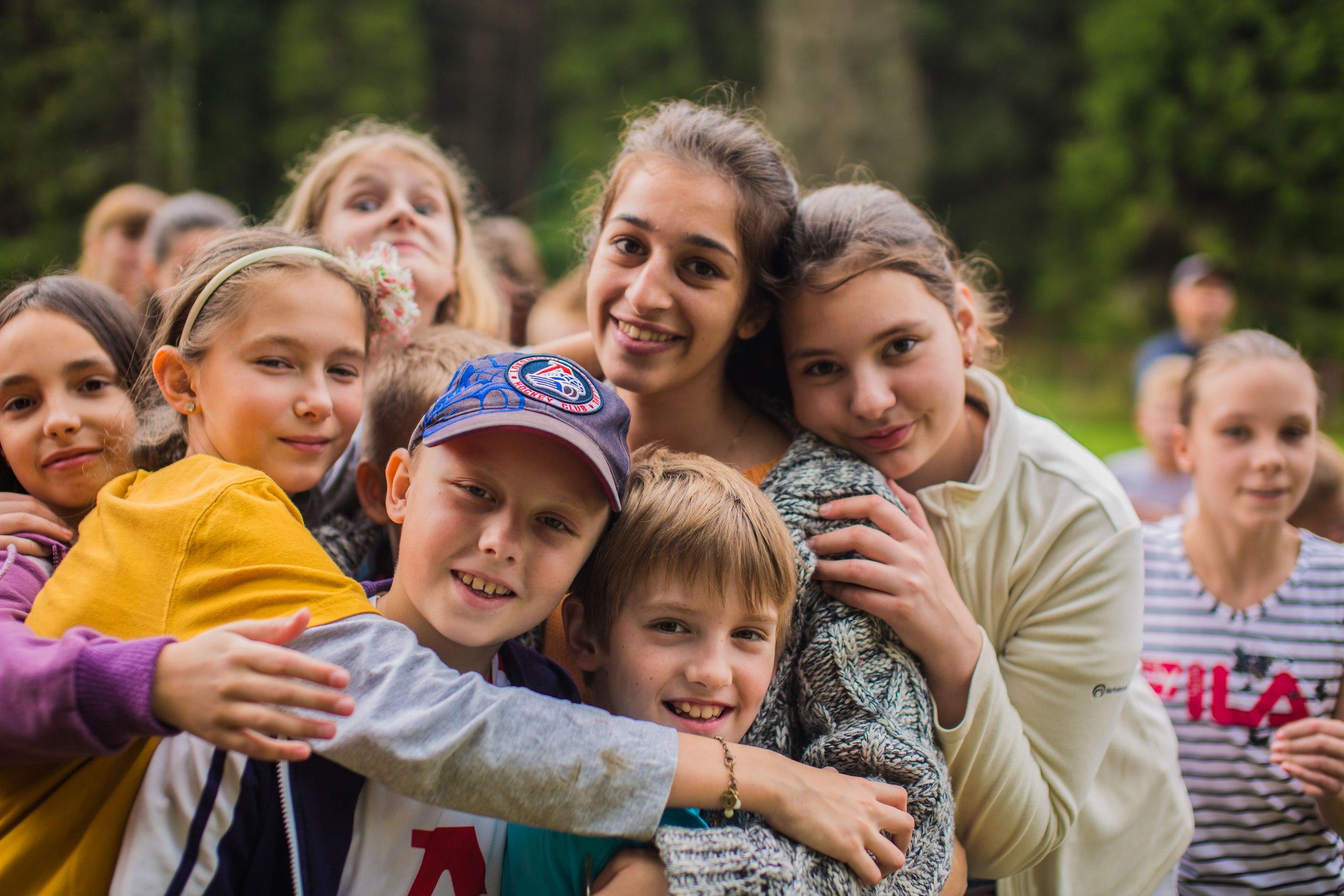 В Тверской области начинают работу 6 загородных детских лагерей