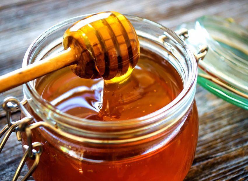 В тверском Роспотребнадзоре рассказали, как выбрать хороший мед, а не сахарную подделку