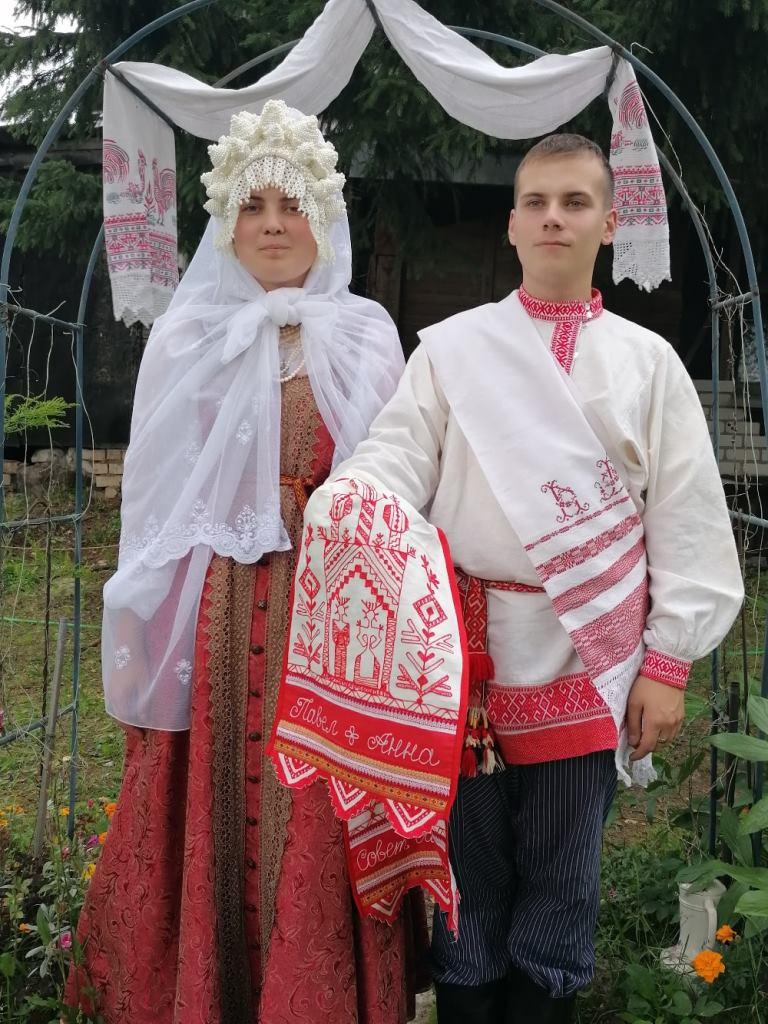 Тверские молодожёны справили свадьбу в старославянских традициях