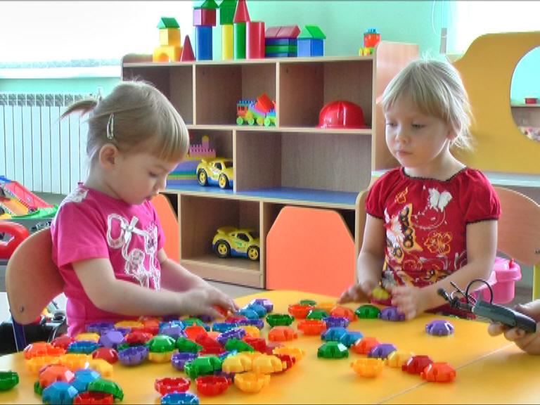 Жителям Твери напомнили, как записать ребенка в детский сад