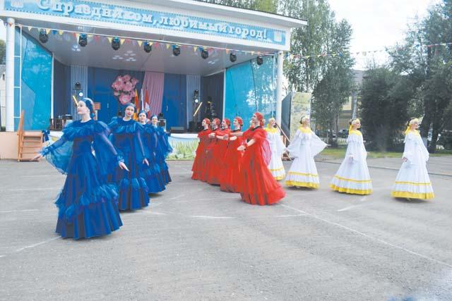 Западнодвинцы торжественно и ярко отметили День города и района