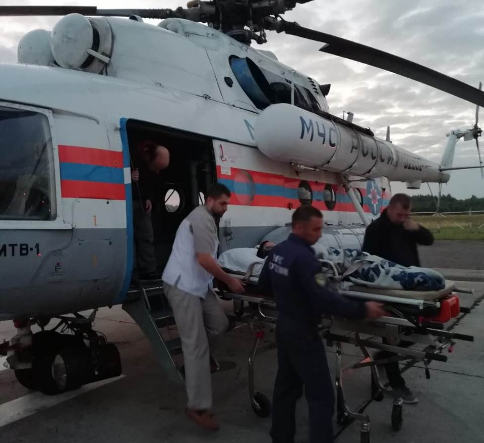 Укушенный змеей ребенок экстренно эвакуирован в Тверь на вертолете санавиации