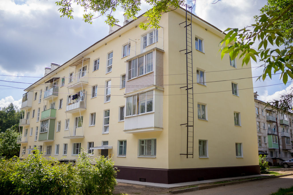 В Лихославльском районе продолжается ремонт многоквартирных домов