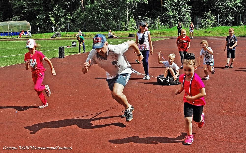 Любители физкультуры и спорта собрались в бору Тверской области