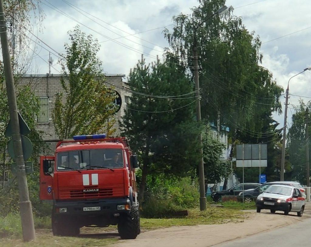 Бабушка пришла с гранатами в здание суда в Тверской области
