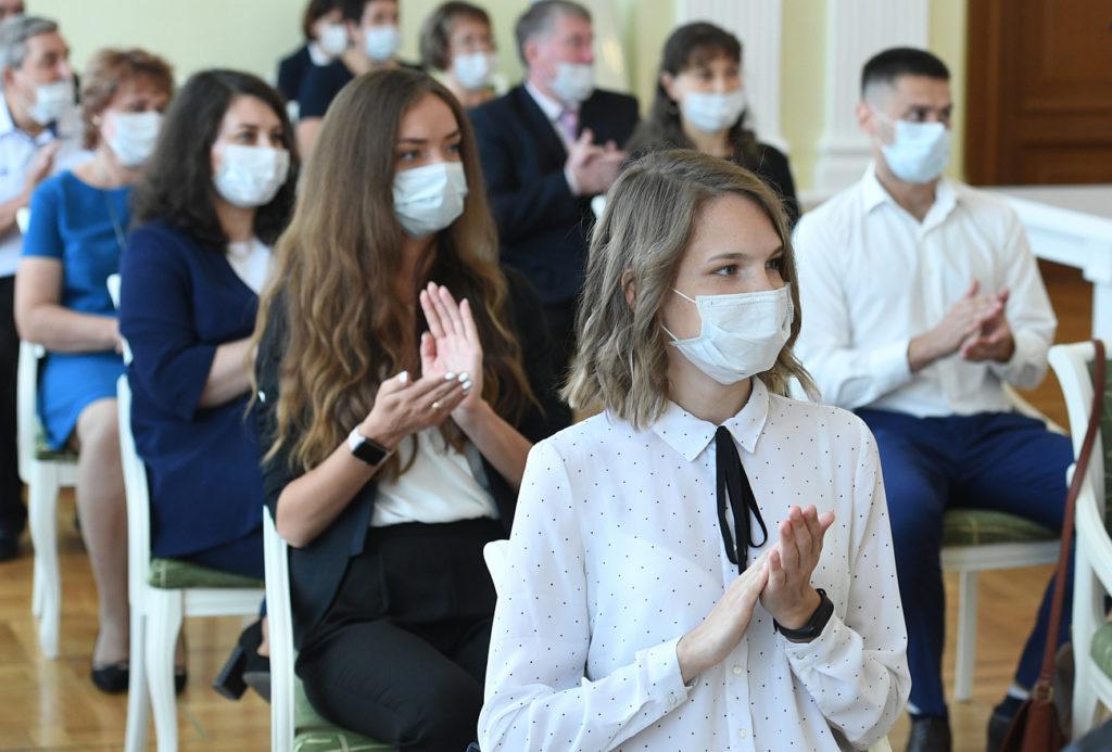 Игорь Руденя вручил госнаграды выдающимся жителям Тверской области