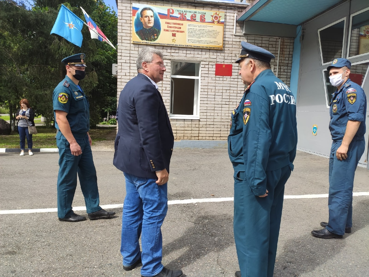 Андрей Белоцерковский посетил Ржевскуюпожарнуючасть имениГероя Советского Союза АлександраКонстантинова