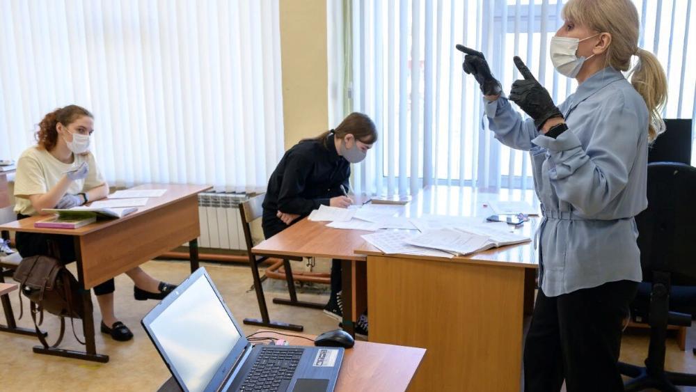 Без перемен: уроки в школах Тверской области будут идти по особому расписанию