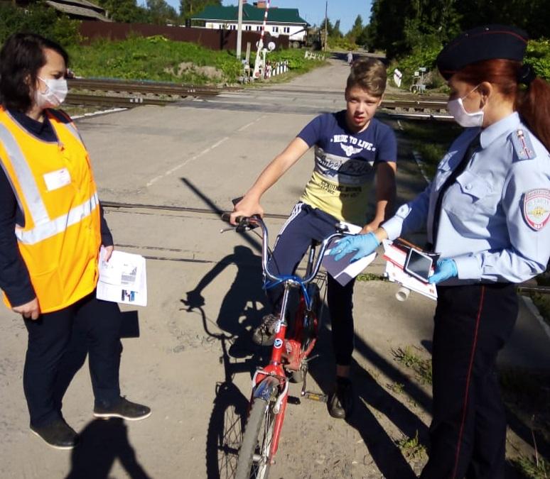 Для жителей Бологое провели акцию «Безопасная дорога для детей»