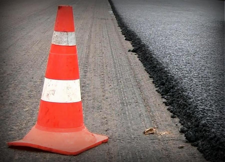 В Лихославле начался капитальный ремонт дороги на улице Советской