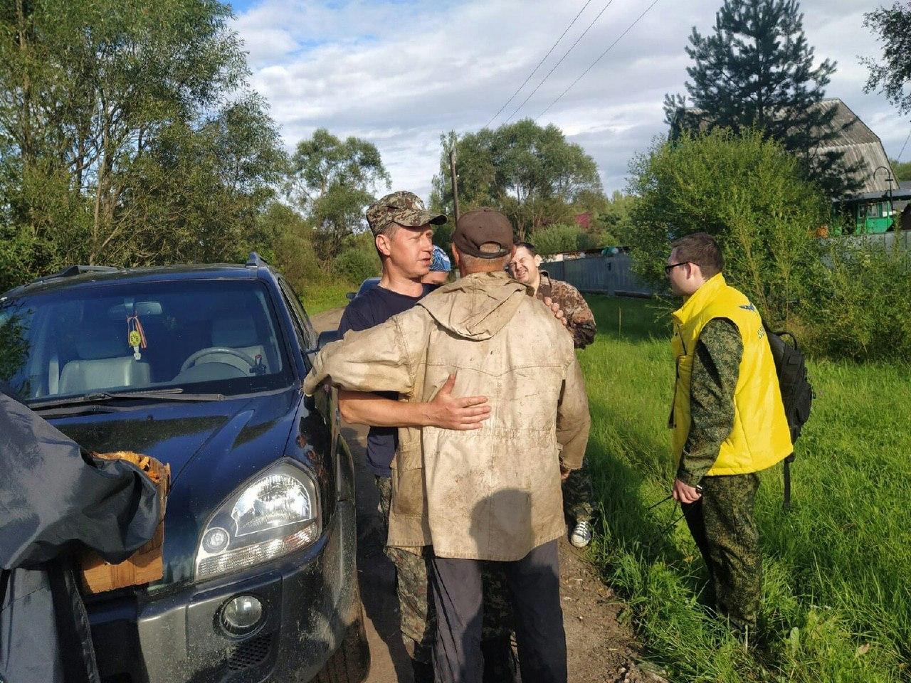 История со счастливым концом: в Тверской области заблудившийся грибник не заметил, что провел в лесу три дня