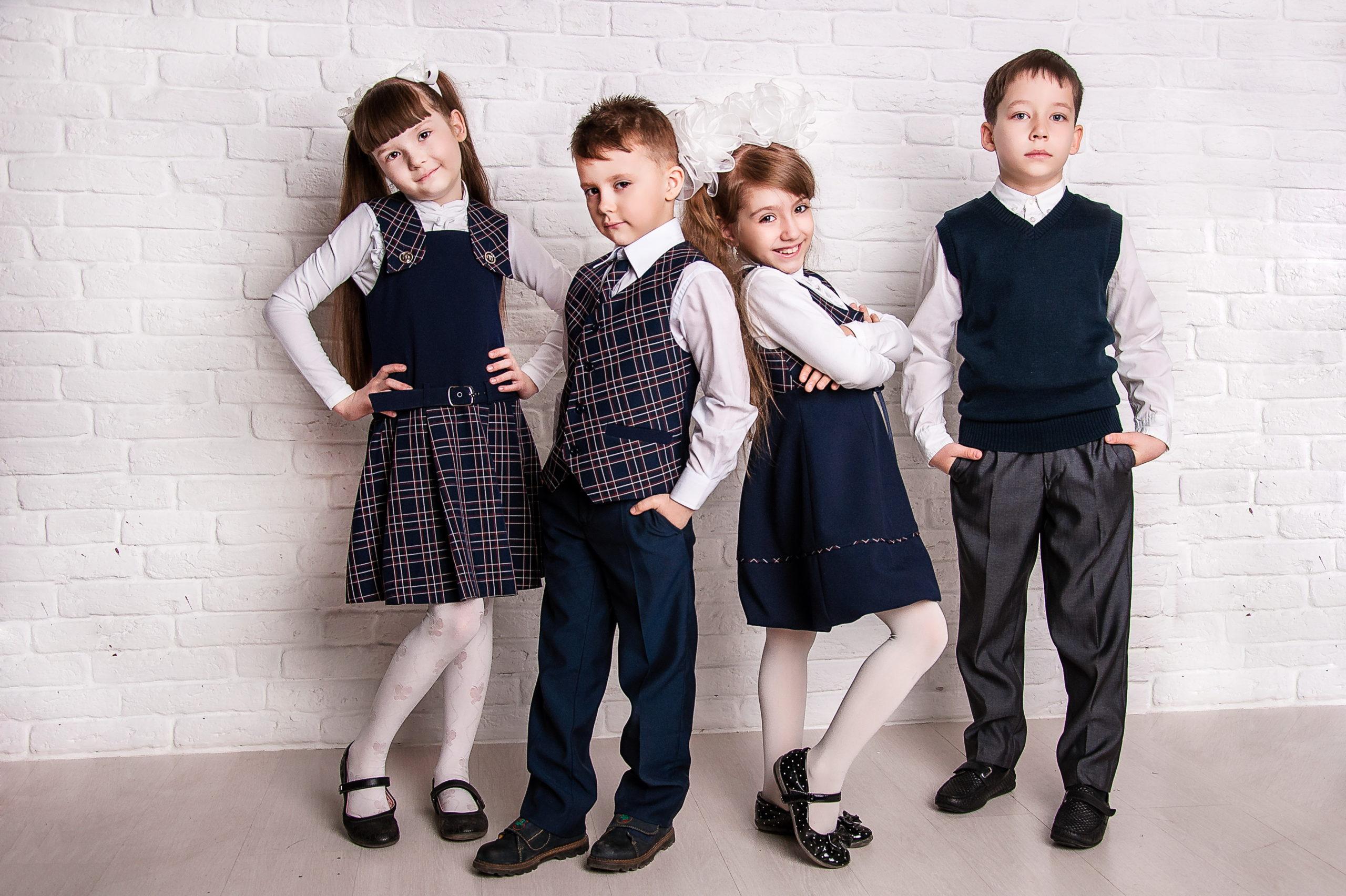 Жителям Тверской области дали рекомендации по выбору школьной формы для детей