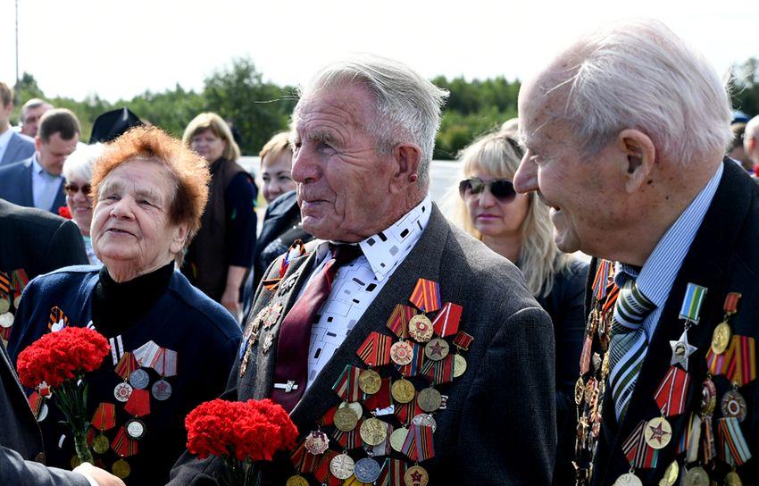 Владимир Путин наградил тверских фронтовиков Орденами Почета