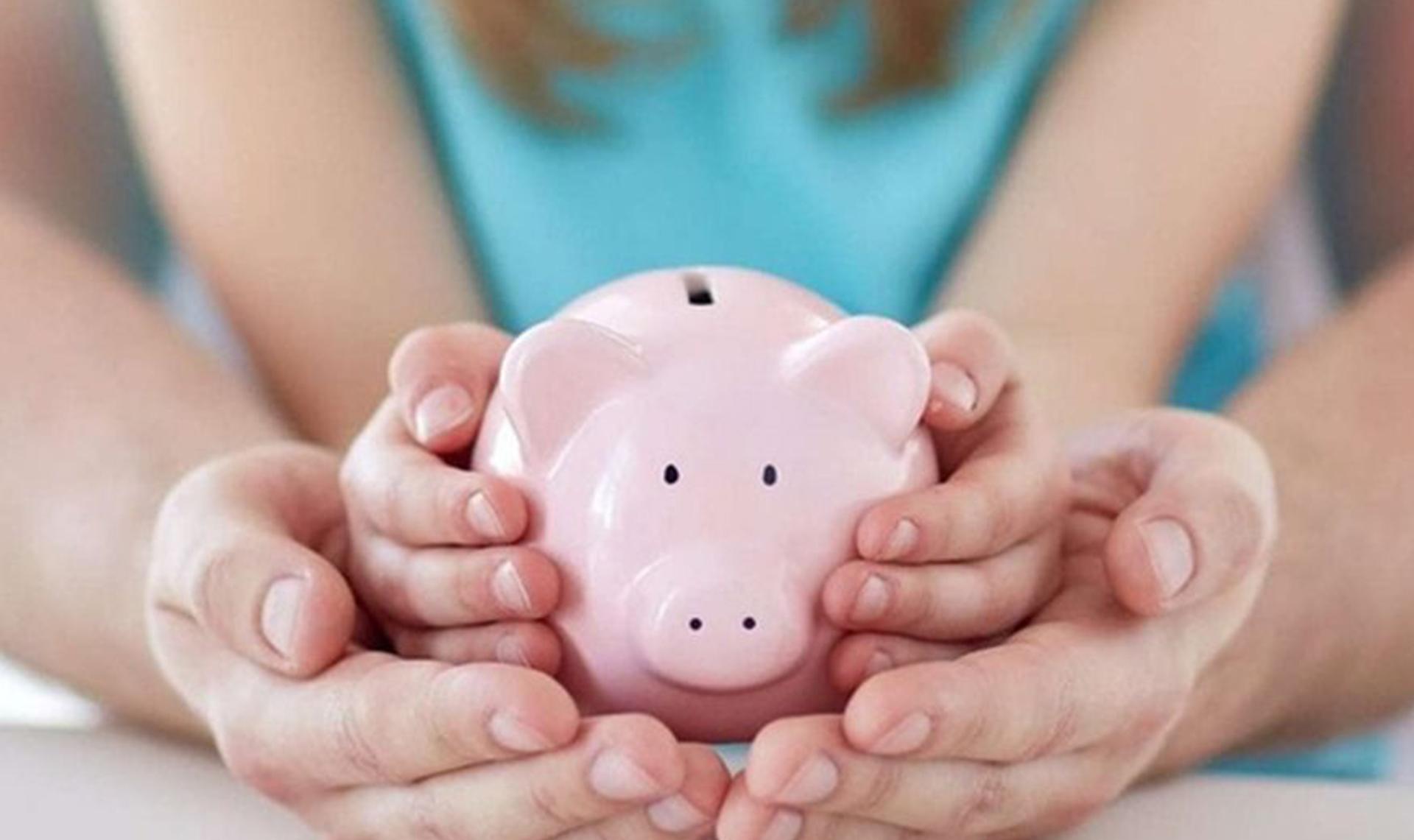 У тверских семей осталось меньше месяца, чтобы оформить выплаты на детей до 16 лет