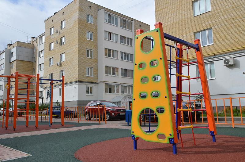 Благодаря гражданам в Твери устанавливают детские площадки