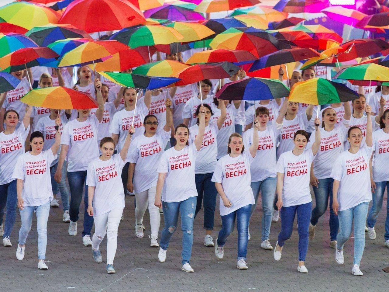 Молодёжь Тверской области вернулась с Российской студенческой весны с 8 дипломами и двумя спецпризами