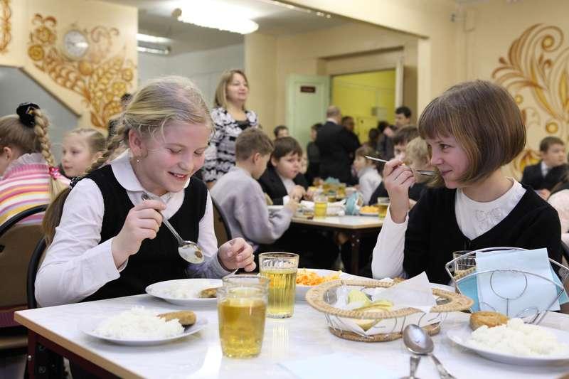 В Тверской области будут лучше кормить школьников