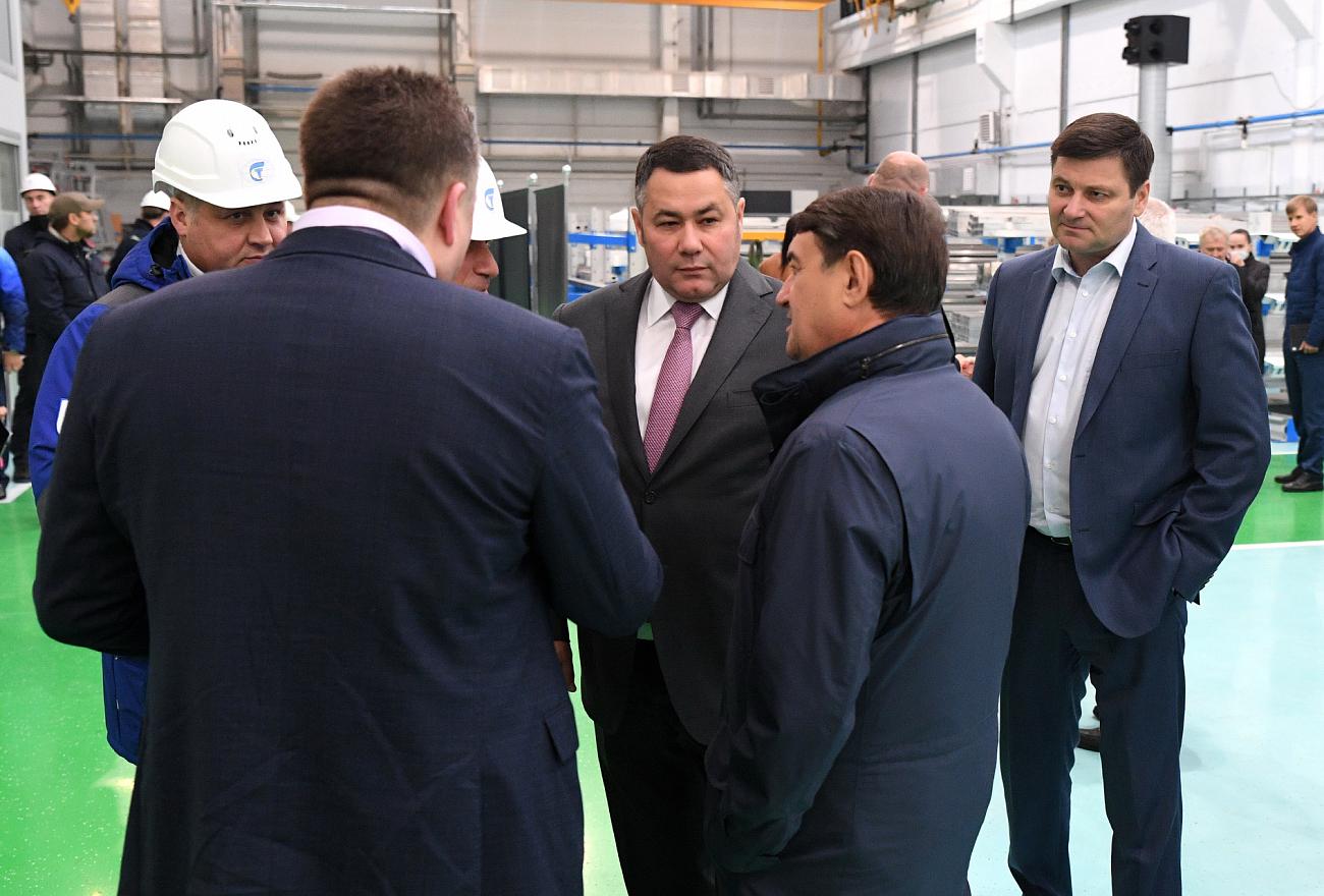 Игорь Руденя и Игорь Левитин посетили тверской филиал компании «ПК Транспортные системы»