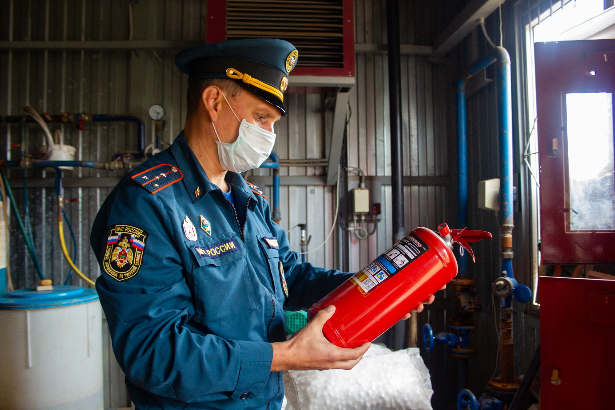 Тверские спасатели проверили пожарную безопасность объектов теплоснабжения