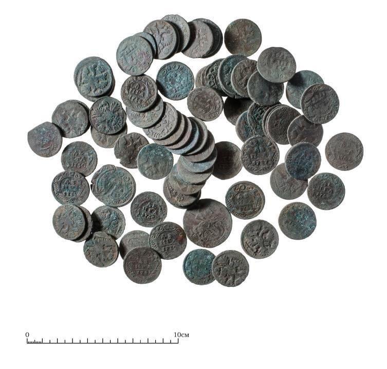 В Твери нашли клад со старинными монетами